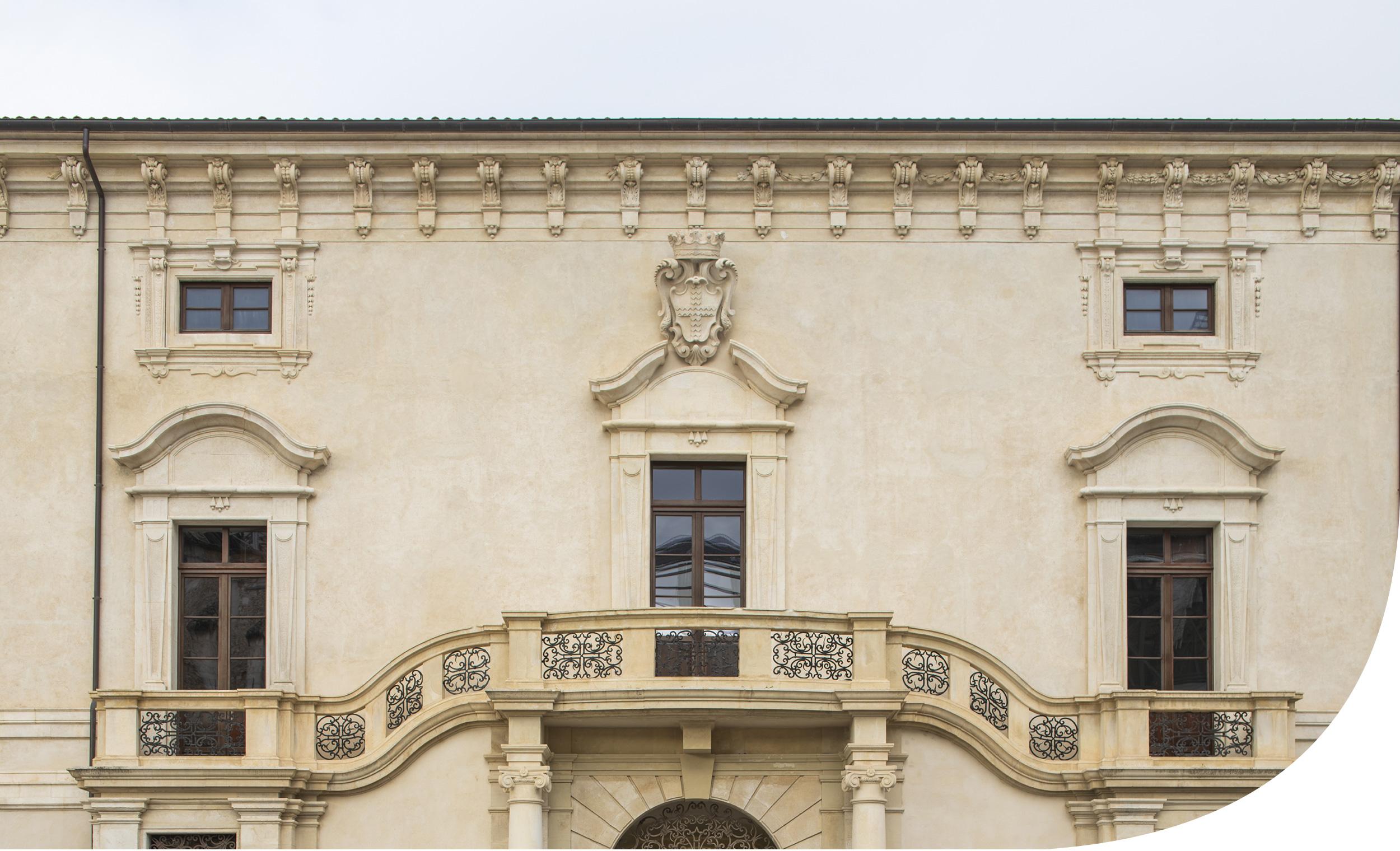 Palazzo Ardinghelli. L'Aquila